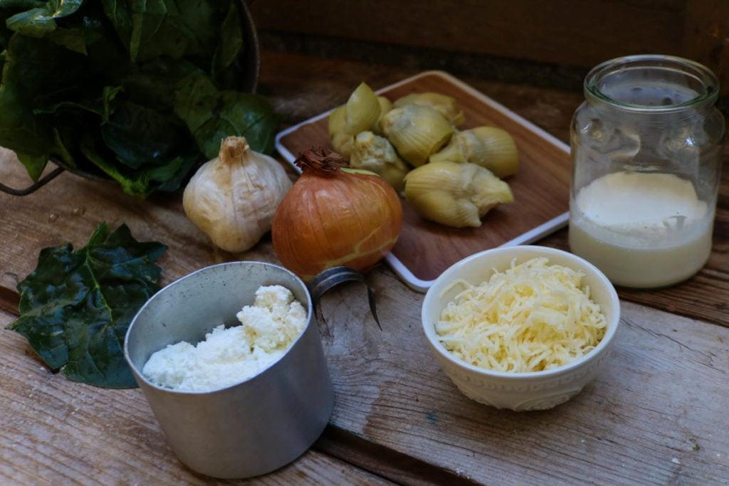 keto chicken spinach artichoke dip - add Gouda cheese